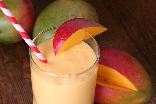 Surprise smoothie of mango