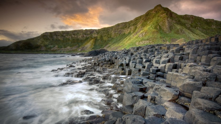 These outstanding pillars at the Giants Causeway in Ireland are the product of fractured lava that dried up, leaving the beach with interlocked geometric patterns.