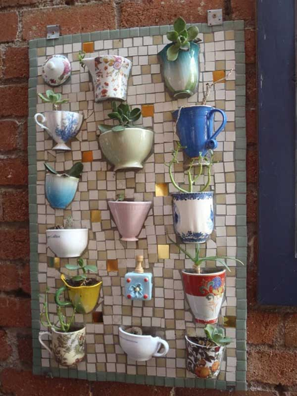 Old mugs don't need to be thrown away in the trash bin if you have the creativity to make a mosaic out of them.