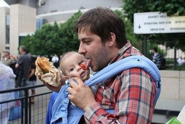 This dad who taught his son to not waste food.