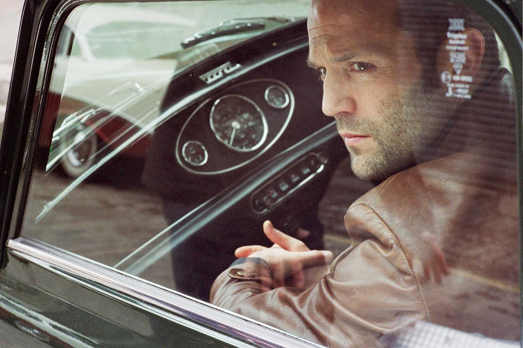jason-statham-stars-in-the-bank-job_2100x1400_20222