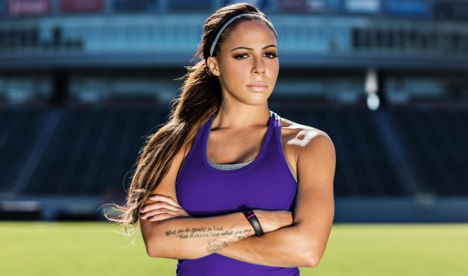 most-beautiful-female-soccer-players-06