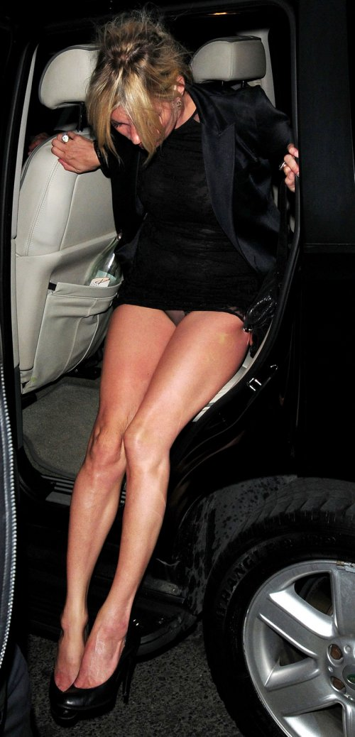 Jennifer Hudson Car >> Celebrity Oops: Views from the Vehicle - Page 10 of 14