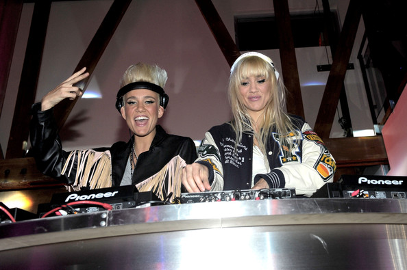 Batch 4- 10 Female DJs Who Can Move Your Feet- Nervo