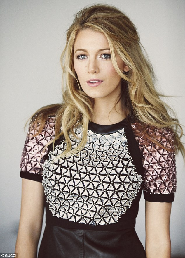 Batch 4- 15 Sizzling Celebrity Mothers Who Can Still Rock It- Blake Lively