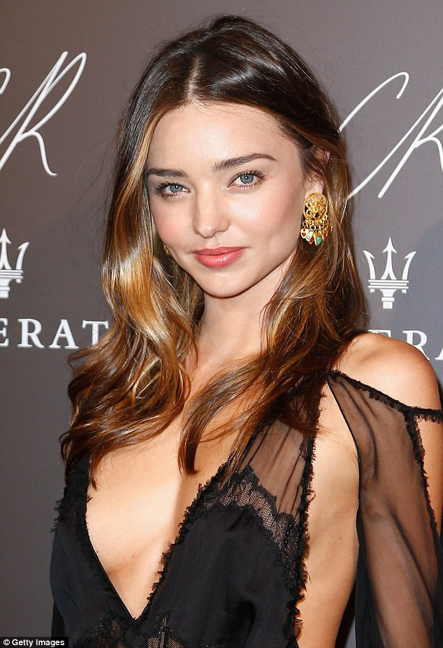 Batch 4- 15 Sizzling Celebrity Mothers Who Can Still Rock It- Miranda Kerr