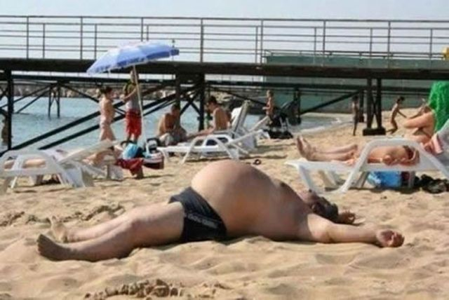 Batch 4- Caught on Camera- 29 Most Embarrassing Moments of this Decade- Bulging Beach Belly