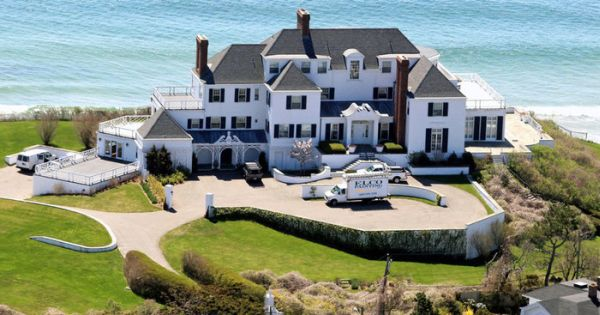 Batch 5- 15 Amazing Homes of Hollywood Celebrities- Taylor Swift