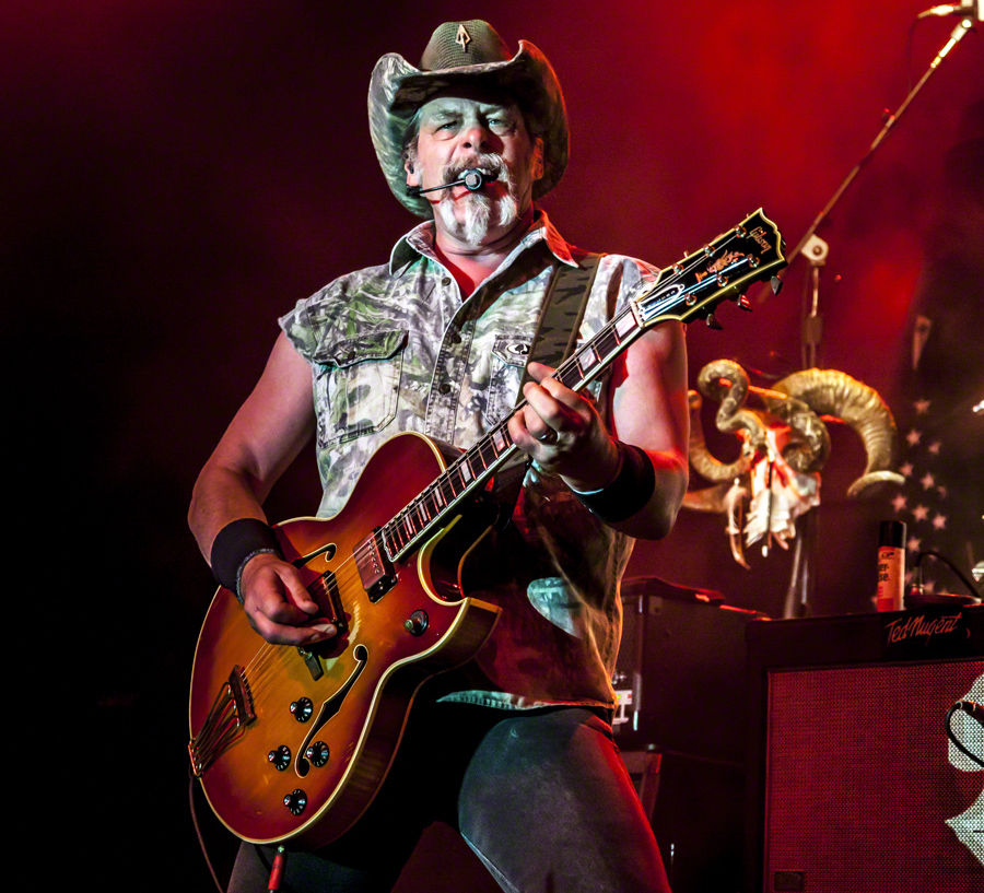 003--16-ted-nugent-307165