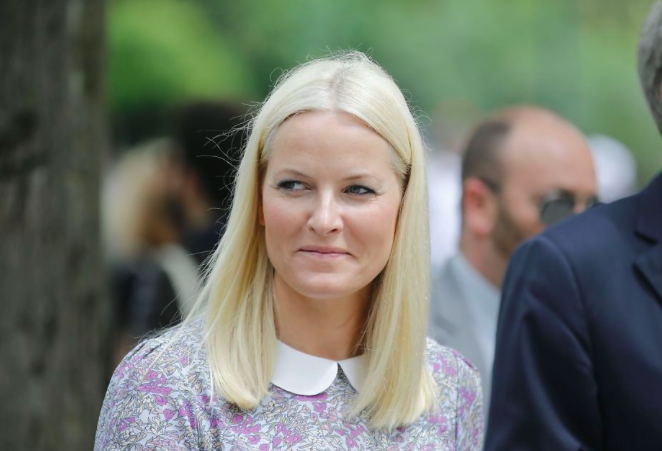 005--14-crown-princess-mette-marit-308201