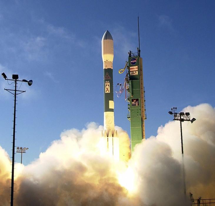 007--12-usa-193-spy-satellite-310873