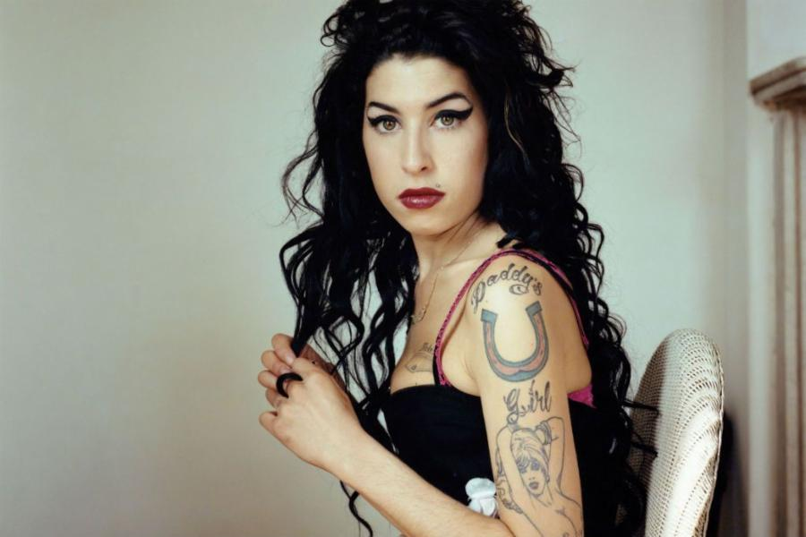 014--5-amy-winehouse-49a5234f66ff0098c08c05446009402f