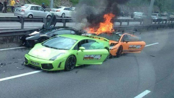 1473205327529-3-lamborghinis-crash-1473113469700