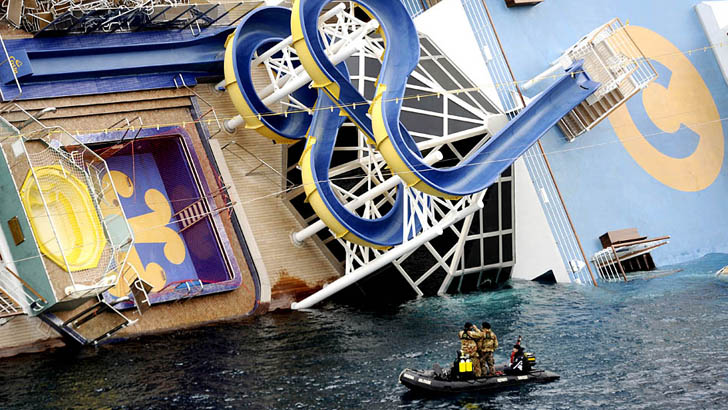 1473205344933-costa-concordia-crashing-1473103853096