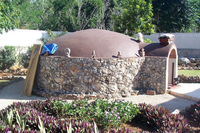 sideview of temazcal