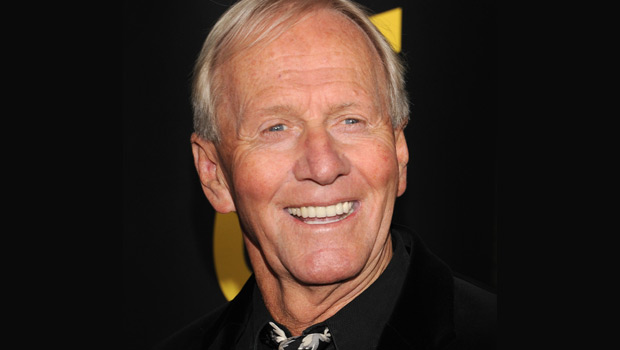002--17-paul-hogan-now--399510