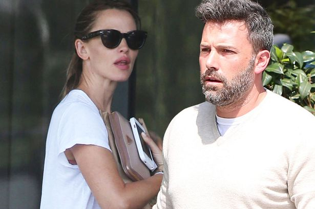 003--16-ben-affleck-and-jennifer-garner-247124