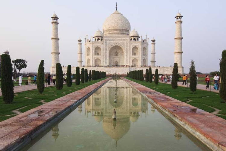 004--15-the-taj-mahal-and-the-land-of-the-fa-247797