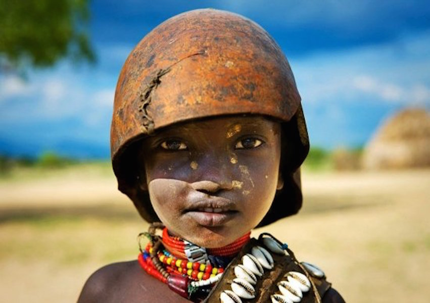 005--14-a-child-of-the-arbore-tribe-in-ethio-260315