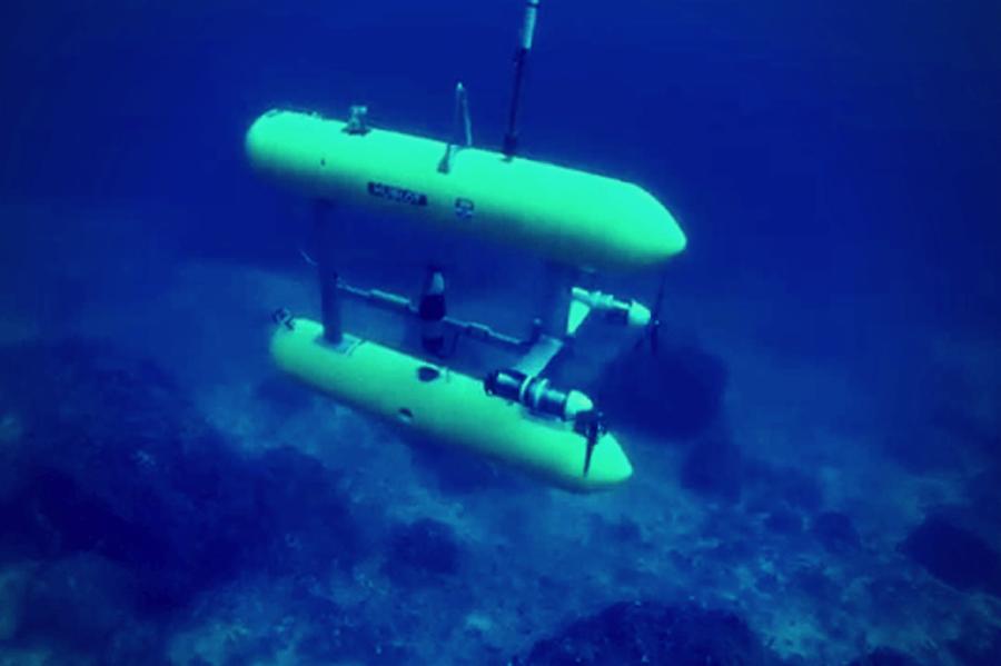 006--13-underwater-exploration-e70f6ae2f1253f89fd36ac449e6c9543