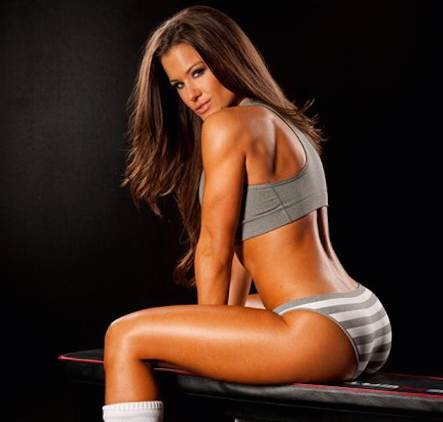007--12-brooke-tessmacher-263051