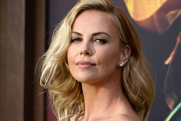 013--6-charlize-theron-308194