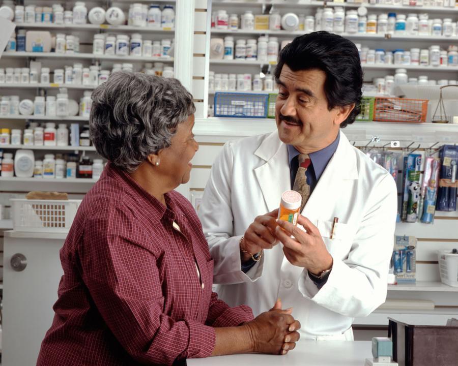 014--5-pharmacists-7fa404ef94577e7e229adbdb10791caf