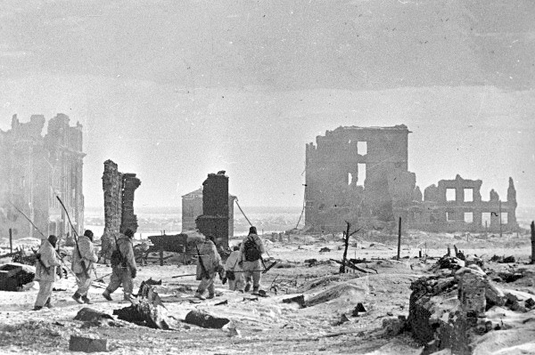 014--5-the-battle-of-stalingrad-is-the-blood-292394