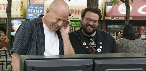 016--3-bruce-willis-and-kevin-smith-264542