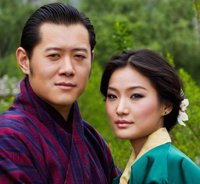 017--2-bhutan-monarchs-260693