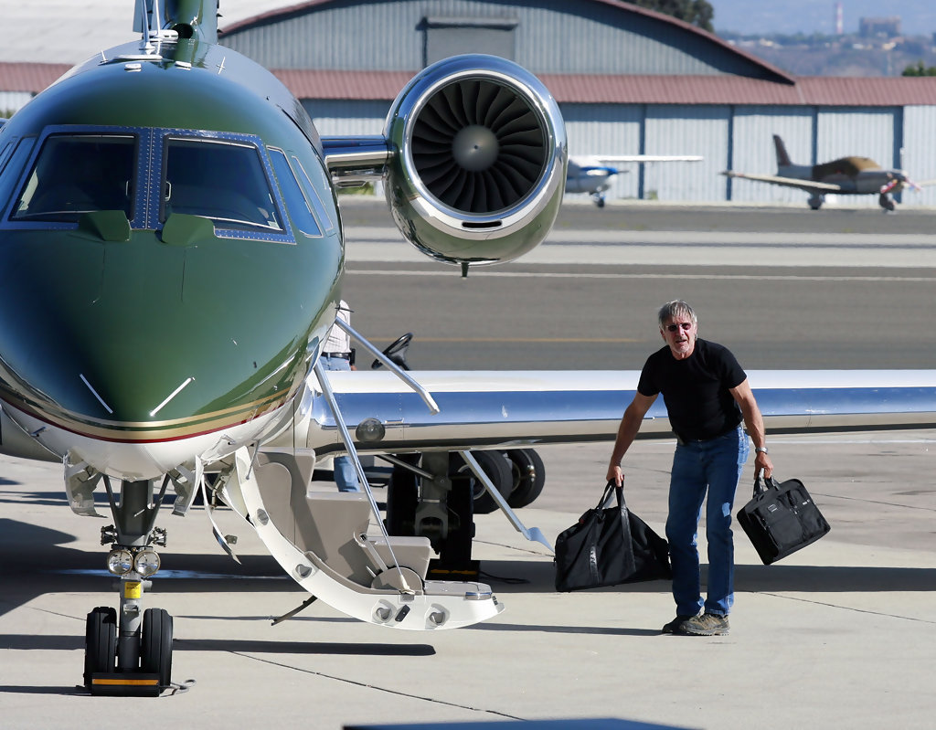 harrison ford private jet
