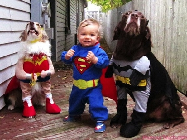 001--12-a-bunch-of-superheroes-567110