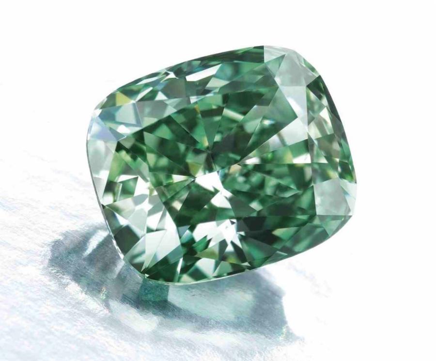 001-12-sotheby-s-rare-green-diamond-2a17adcb93f13d945de1e4f70506e228