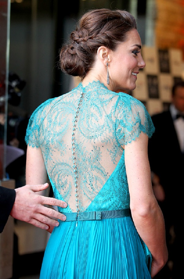 009-4-the-see-through-royal-gown-709477
