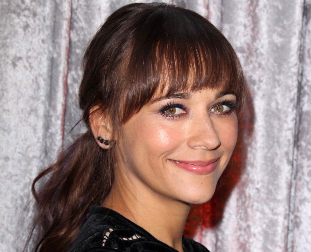 010--6-rashida-jones-602730