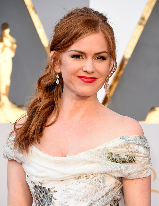 011--5-isla-fisher-602766
