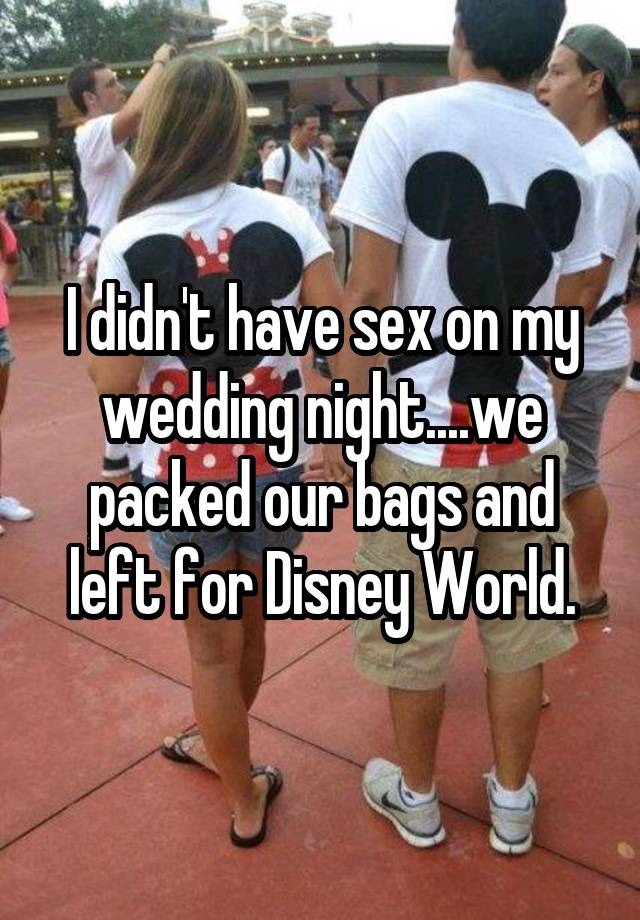 009-7-too-excited-for-that-minnie-moon-780098