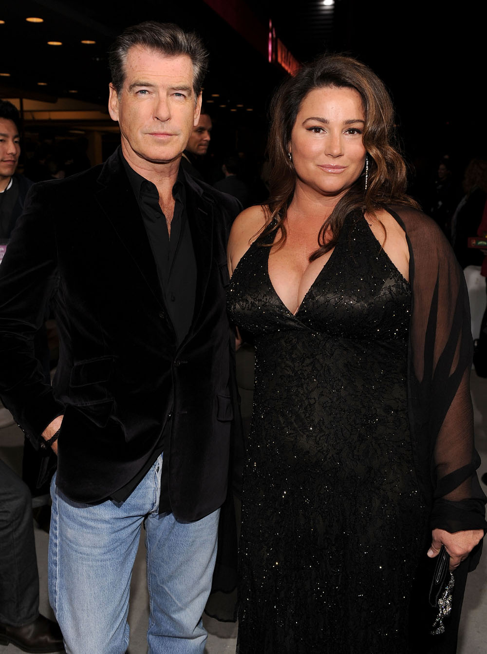 pierce-brosnan-and-wife