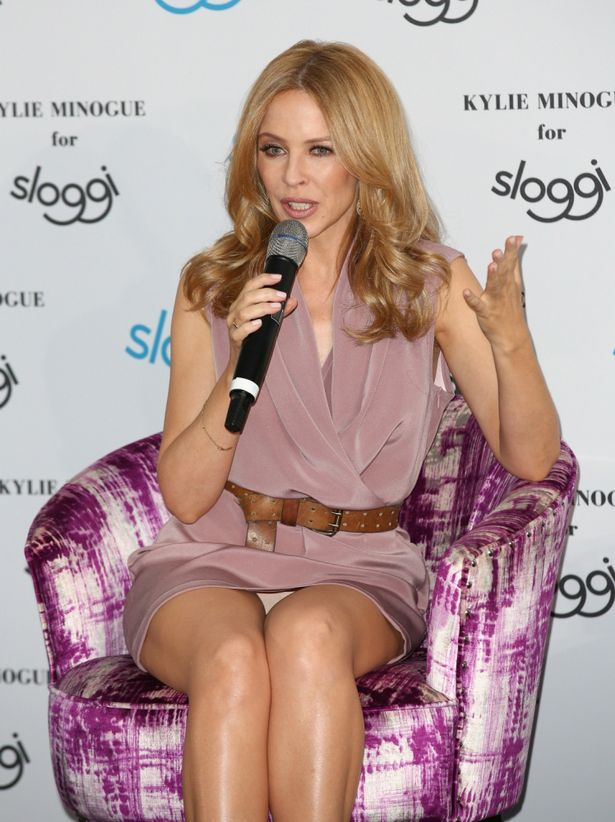 009-4-kylie-minogue-trusted-her-life-saving-1038661