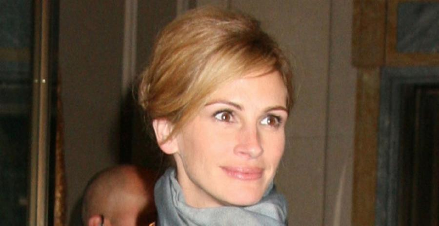 an introduction to the life of julia roberts Before the introduction, roberts admitted the thought of there being other people in the world with her  turned out life as a julia roberts has certain perks .