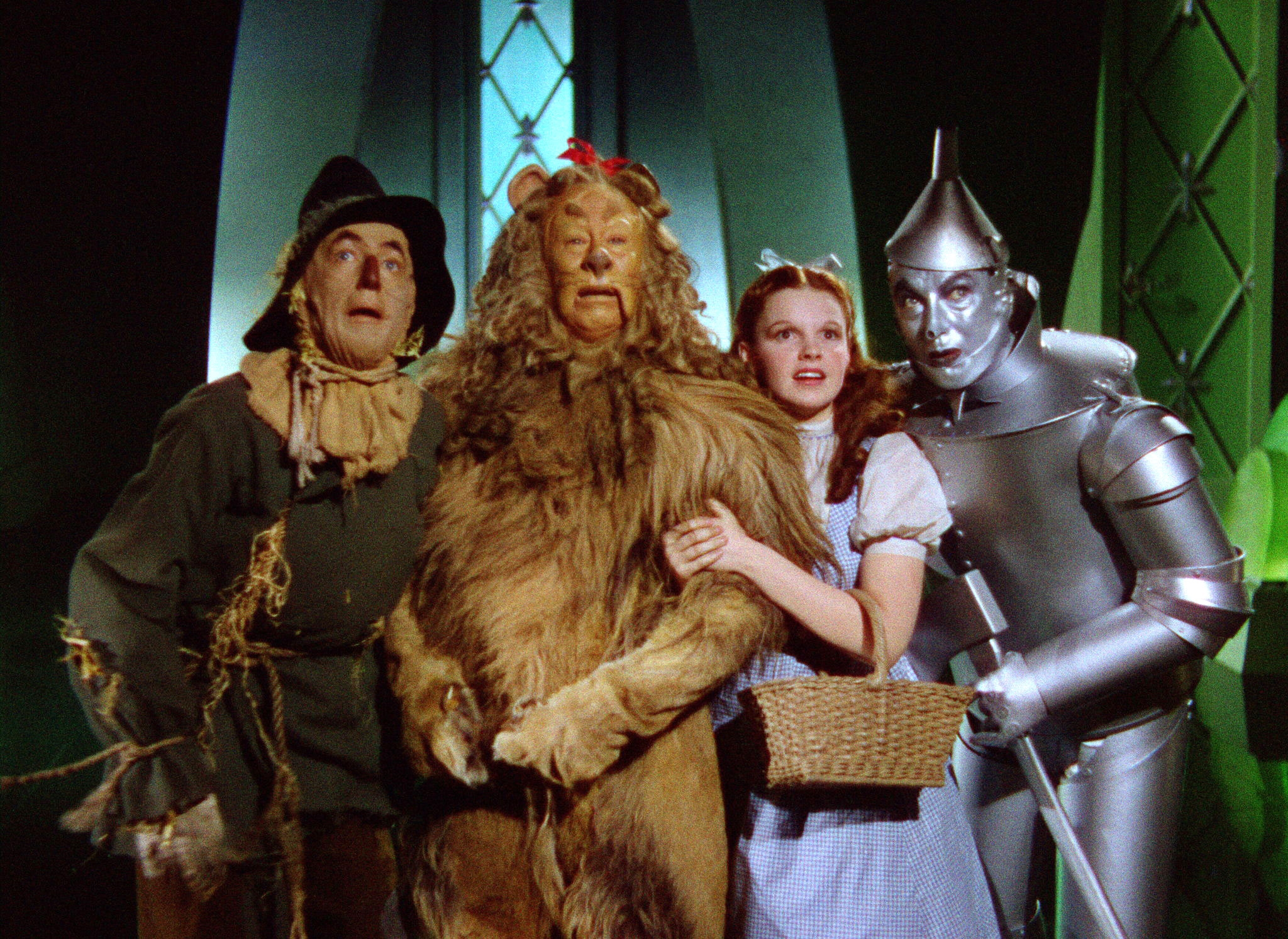 the wizard of oz as a The wizard of oz as a monetary allegory hugh rockoff rutgers university the wonderful wizard of oz, perhaps america's favorite children's story, is also an informed.