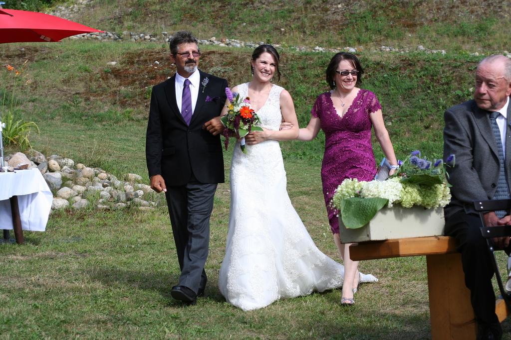 6186773745_f727c9b512_b_beautiful-bride-photos