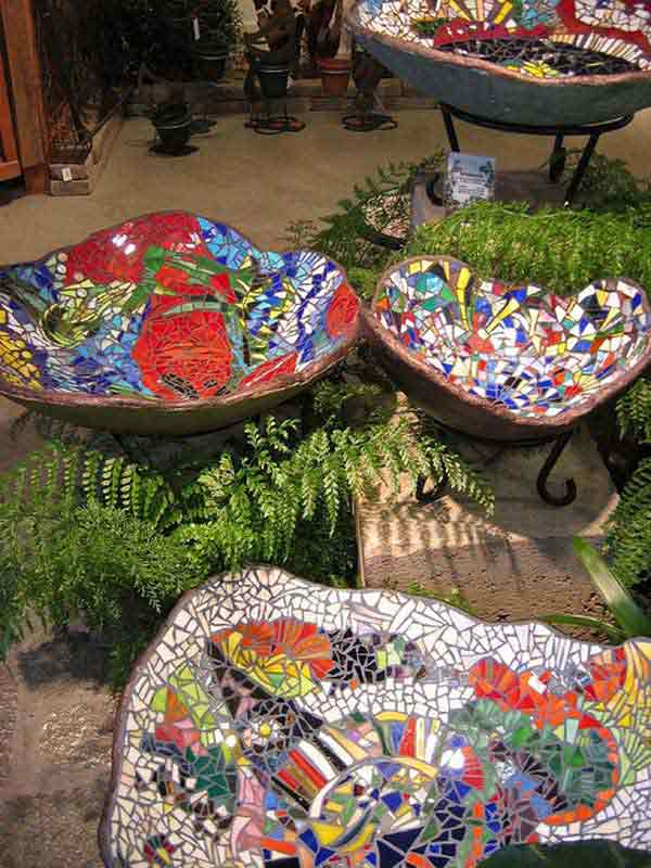 Transform your ordinary garden into a haven through these one-of-a-kind bowl mosaics and you will surely give landscapers a run for their money.