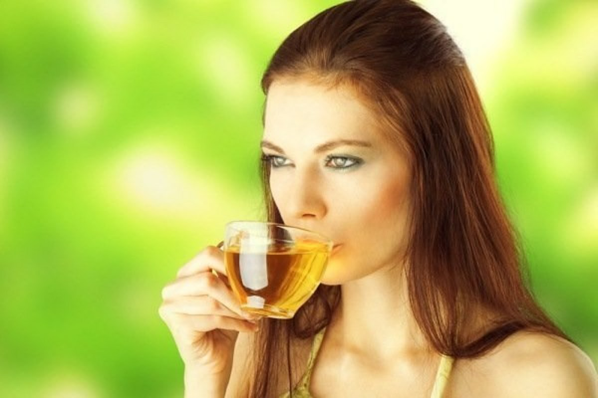 Drinking green tea everyday can make you burn fats 16 times more than not turning to these miraculous cups.