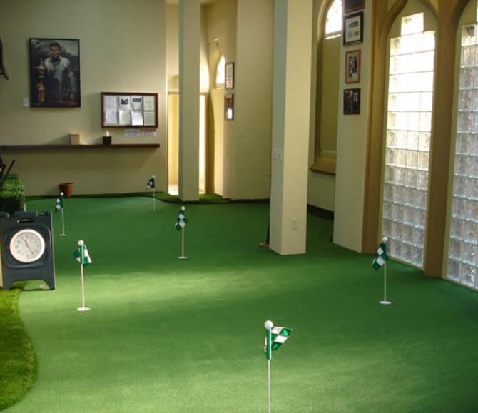 Here's a fun room concept for avid golfers