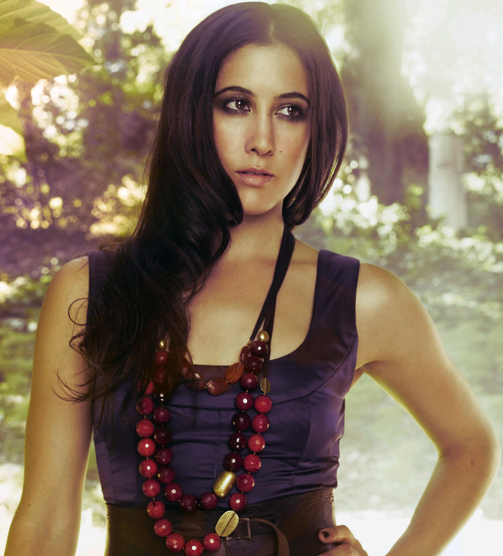 Vanessa_Carlton_promo_photo_(recoloured)