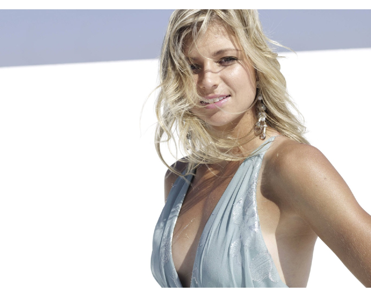 maria_kirilenko_wallpaper_3-1280x1024