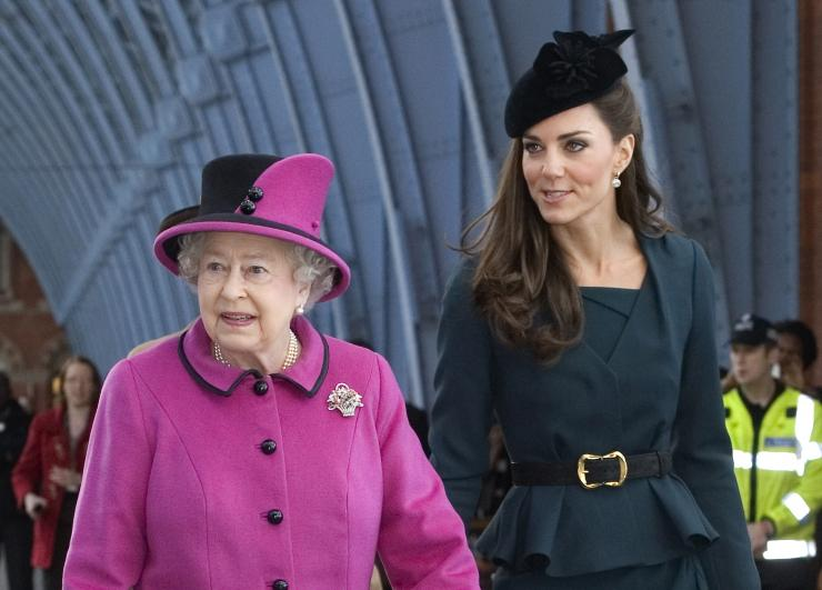 Batch 2- 19 Secrets about Catherine Duchess of Cambridge- She Maintains the Royal Tradition