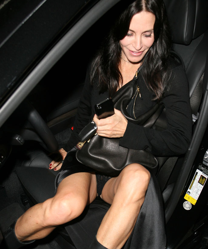 Batch 3- Celebrity Oops- Views from the Vehicle- Courtney Cox