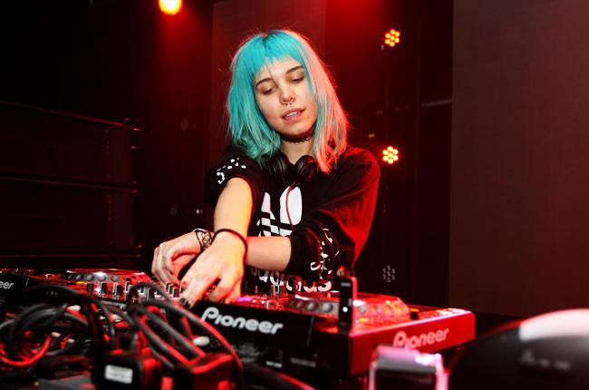 Batch 4- 10 Female DJs Who Can Move Your Feet- Mija